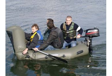 Tests of SPORTEX boats SHELF, models 330K and NAUTILUS 300T